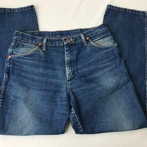 Wrangler High Rise Mom Jeans Straight Leg sz 6
